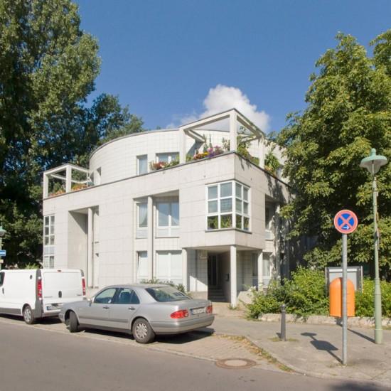 3: Wohnbebauung am Tegeler Hafen (1), Stadtvilla • Am Tegeler Hafen • Antoine Grumbach • Zustand Juli 2012 • Foto: Gunnar Klack