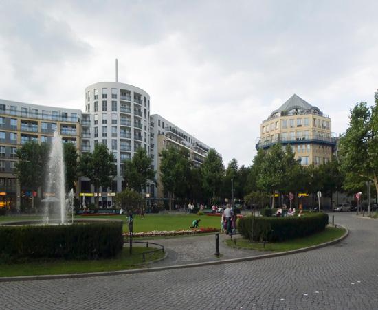 4: Prager Platz • Städtebauliches Gutachten und Planungsseminar: Gottfried Böhm, Rob Krier • Zustand Juli 2012 • Foto: Gunnar Klack