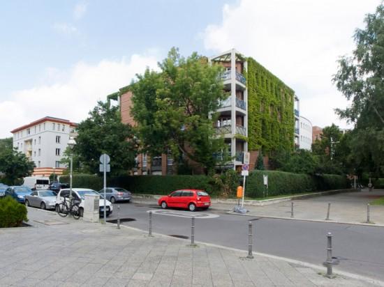7: Stadtvillen an der Rauchstraße • Thomas-Dehler-Straße 1–7, Rauchstraße 4–10, Stülerstraße 2/4 • städtebaulicher Entwurf von Rob Krier • Block 189 • Zustand Juli 2012 • Foto: Gunnar Klack