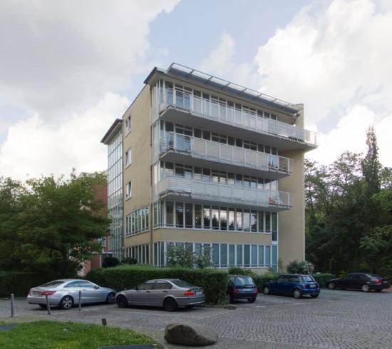 18: Wohnpark am Lützowplatz, Stadtvilla • Einemstraße 18a • Block 234 • Zustand Juli 2012 • Foto: Gunnar Klack