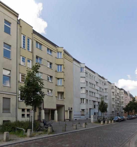 46: Wohnbebauung Pohlstraße • Pohlstraße 42–52 • Gerd Neumann • Block 242 • Zustand Juli 2012 • Foto: Gunnar Klack