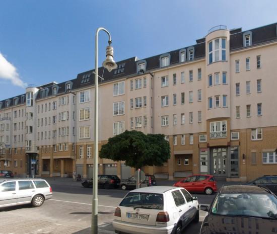46: Wohnbebauung Pohlstraße • Pohlstraße 53–59 • Planungskollektiv Nr. 1 • Block 242 • Zustand Juli 2012 • Foto: Gunnar Klack