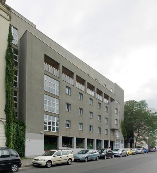 49: Wohnhaus • Bernburger Straße 22/23 • Friedrich Karl Borck/Matthias Boye/Dietrich Schaefer • Block 6 • Zustand Juli 2012 • Foto: Gunnar Klack