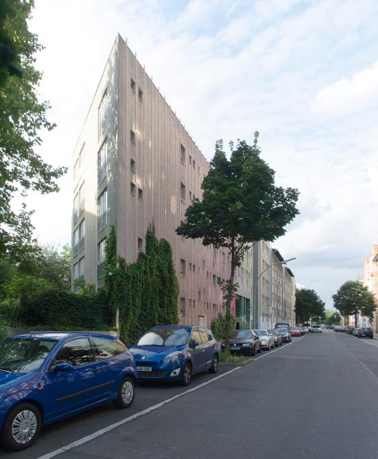 49: Wohnhaus • Dessauer Straße 13/14 • Christoph Langhof Architekten • Block 6 • Zustand Juli 2012 • Foto: Gunnar Klack