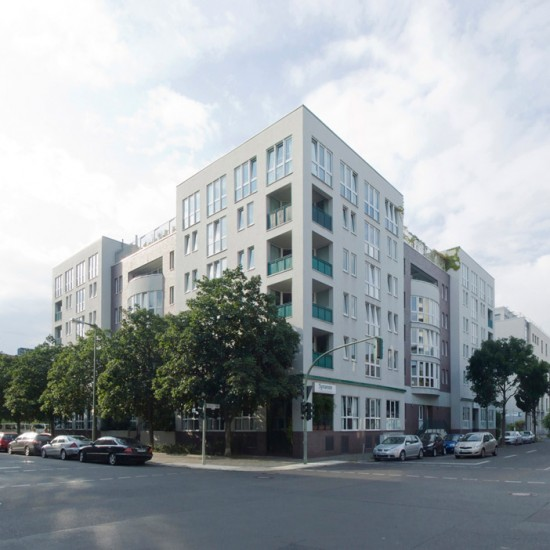 50: Wohngebäude • Bernburger Straße 10–13, Dessauer Straße 7/8 • Bernd Baumeister/Bernd Richter • Block 1 • Zustand Juli 2012 • Foto: Gunnar Klack