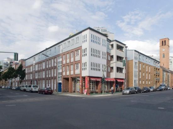 51: Wohnhaus • Dessauer Straße 34/35 • Wojciech Obtulowicz/Daniel Karpinski, Christine Jachmann • Block 2 • Zustand Juli 2012 • Foto: Gunnar Klack