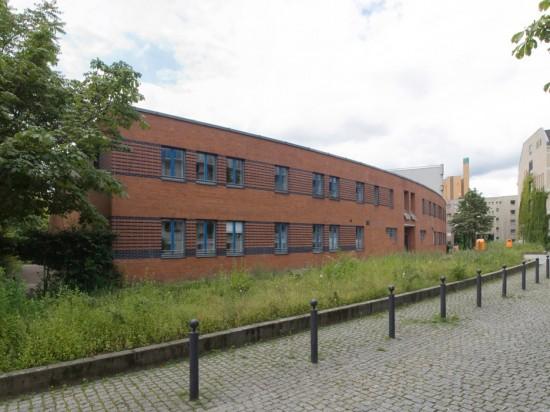 Kindertagesstätte Schöneberger Straße 8–10, Peter Brinkert, Zustand Juli 2012; Foto: Gunnar Klack