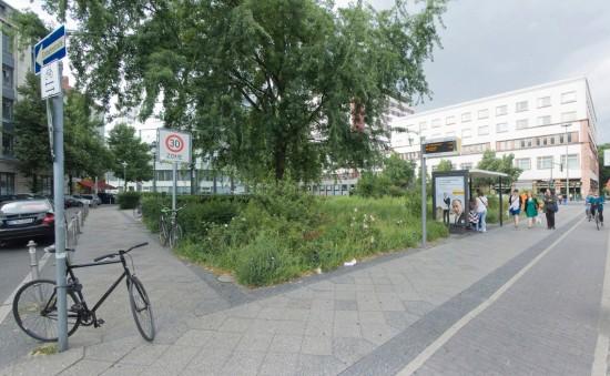 59: Freiraumplanung • Askanischer Platz, Möckernstraße, Hallesches Ufer, Schöneberger Straße • Wolfgang Scharlach/Rainer Wischhusen, Heike Langenbach • Block 14 • Zustand Juli 2012 • Foto: Gunnar Klack