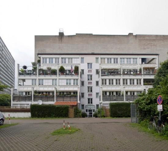 65: Selbstbauterrassen • Wilhelmstraße 120/121 • Dietrich von Beulwitz • Block 9 • Zustand Juli 2012 • Foto: Gunnar Klack