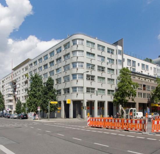 71:Wohn- und Geschäftshaus • Kochstraße 29, Wilhelmstraße 40 • Jean Flammang/Burkhard Grashorn/Aldo Licker • Block 4 • Zustand Juli 2012 • Foto: Gunnar Klack
