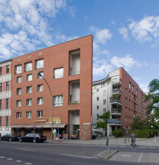 79:Wohnhaus • Wilhelmstraße 10/11 • Jan Rave/Rolf Rave & Parter • Block 20 • Zustand Juli 2012 • Foto: Gunnar Klack