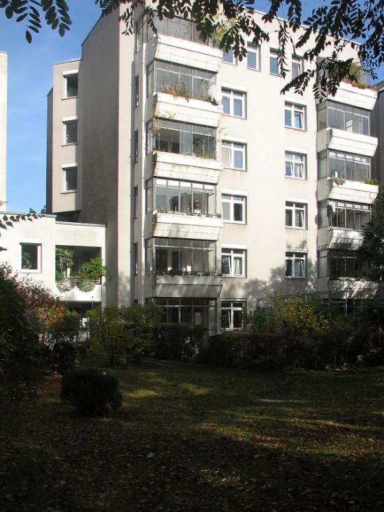 Haus Lützowufer 2, von Gerkan, Marg und Partner, Hofansicht, Zustand Oktober 2012; Foto: Dirk Kaden