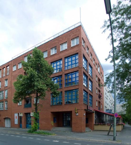 Wohnanlage Ritterstraße-Nord, Block 31, Lindenstraße/Ritterstraße, Haus 31.1 (Bangert, Jansen, Schultes, Scholz), Zustand Juli 2012; Foto: Gunnar Klack
