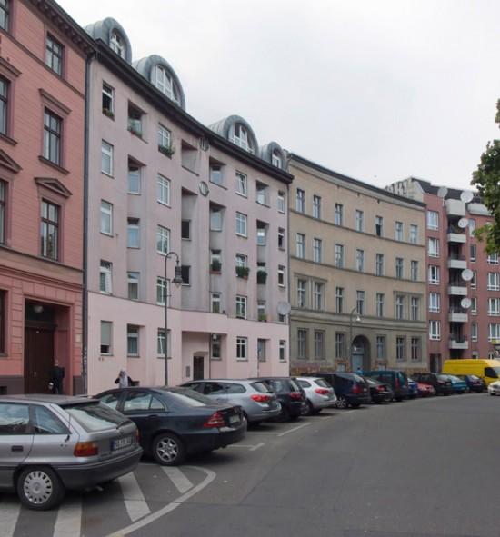 115: Instandsetzung und Modernisierung, Neubau eines Wohnhauses • Mariannenplatz • zahlreiche Planer und Projektpartner • Block 77 • Zustand Juli 2012 • Foto: Gunnar Klack