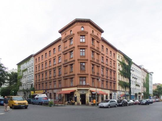 121: Instandsetzung und Modernisierung • Mariannenstraße, Naunynstraße • zahlreiche Planer und Projektpartner • Block 103 • Zustand Juli 2012 • Foto: Gunnar Klack
