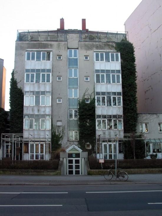 Haus Lützowufer 5, Manfred Schiedhelm, Zustand März 2012; Foto: Dirk Kaden