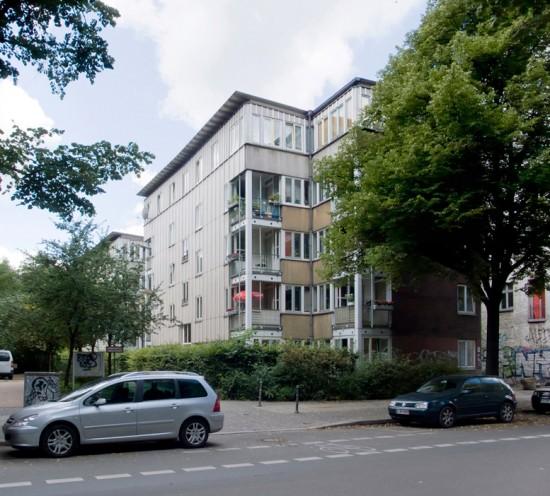 Seniorenwohnhaus Köpenicker Straße, Zustand Juli 2012; Foto: Gunnar Klack
