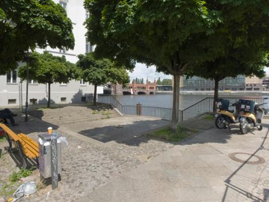 """153: Umgestaltung der Cuvrystraße, """"Blick zur Spree"""" • Edouard Bannwart • Zustand Juli 2012 • Foto: Gunnar Klack"""