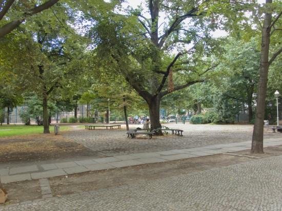 160: Umgestaltung des Lausitzer Platzes • Gruppe Planwerk • Zustand Juli 2012 • Foto: Gunnar Klack