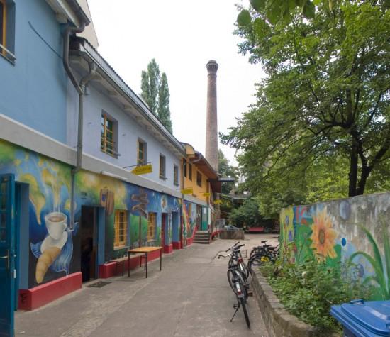165: Regenbogenfabrik • Lausitzer Straße 22 • Archplan, Werkfabrik •Block 109 • Zustand Juli 2012 • Foto: Gunnar Klack