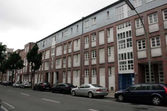 Blick auf die Dessauer Straße 34/35, Zustand 2012; Foto: Corinna Tell