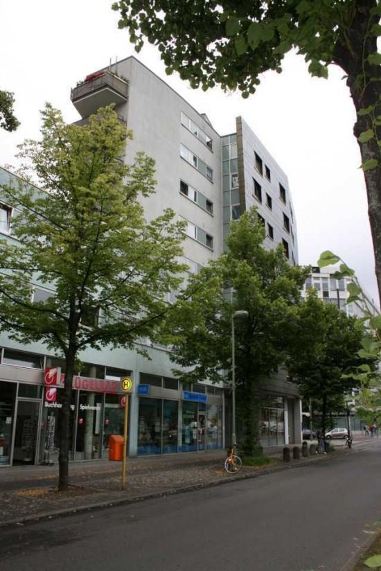 Stresemannstraße 105/107, Ansicht von Osten, Zustand 2012; Foto: Corinna Tell