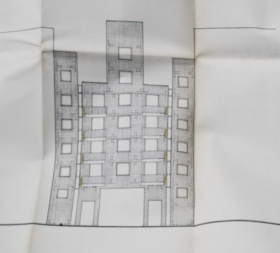 Ansichtszeichnung Fassadenplanung Hofseite, John Hejduk und Moriz Müller; Quelle: Bauaktenarchiv Bezirksamt Friedrichshain-Kreuzberg