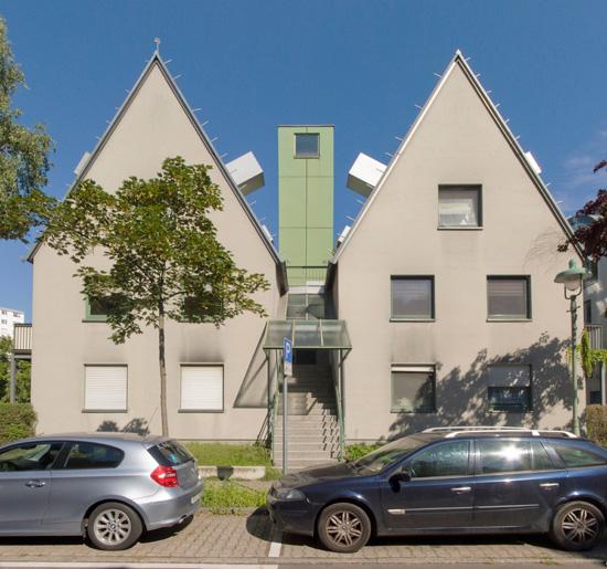 Mehrfamilienhaus am Tegeler Hafen, John Hejduk, Kontaktarchitekt Moritz Müller, Zustand Juli 2012; Foto: Gunnar Klack